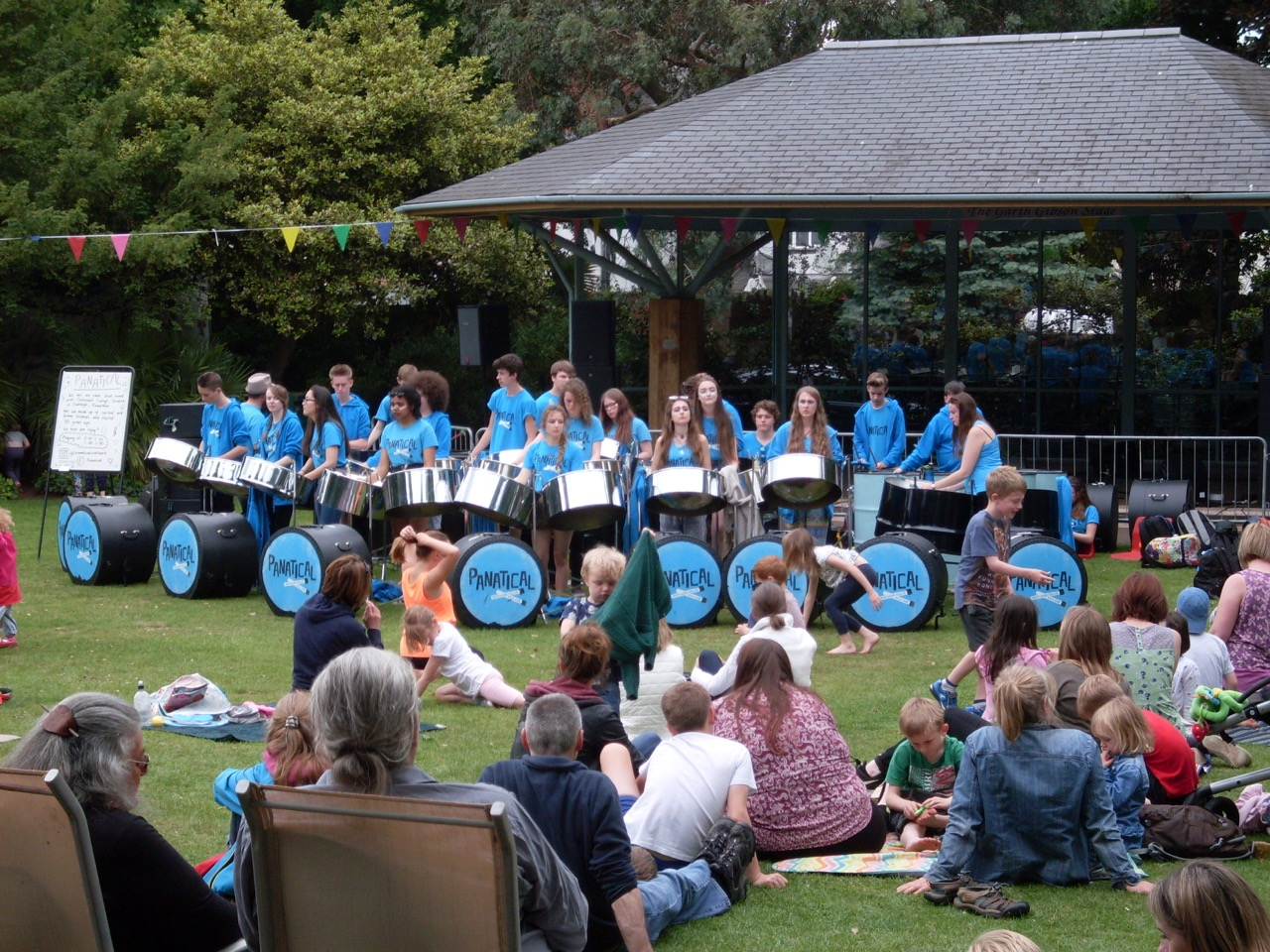 Festival musicians in Manor Gardens