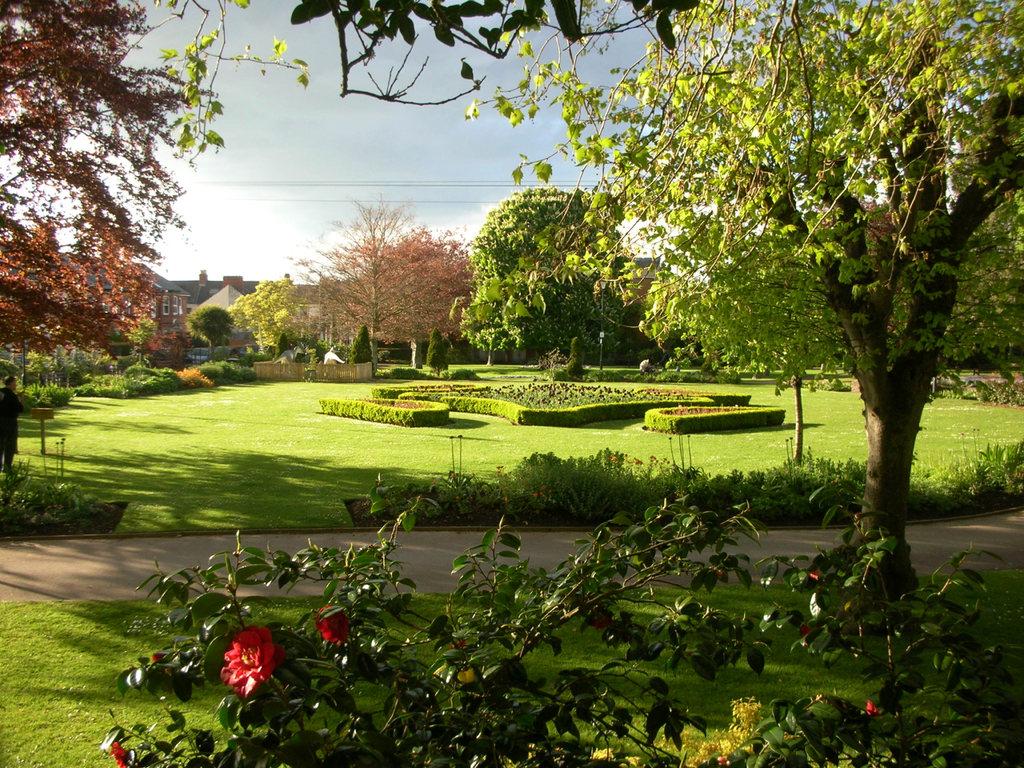Manor_gardens